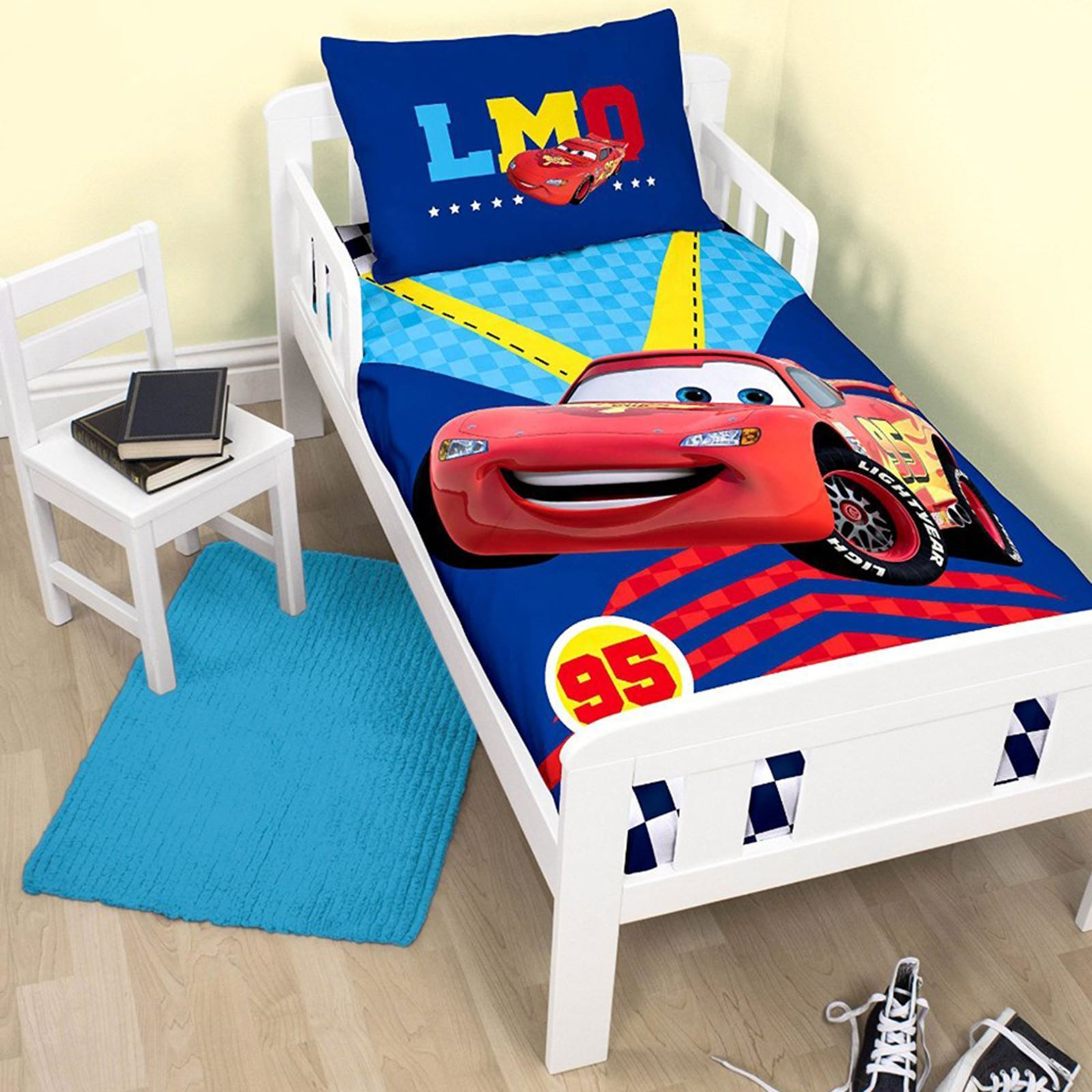 NEW DISNEY CARS PISTON JUNIOR SIZE COT BED TODDLER DUVET