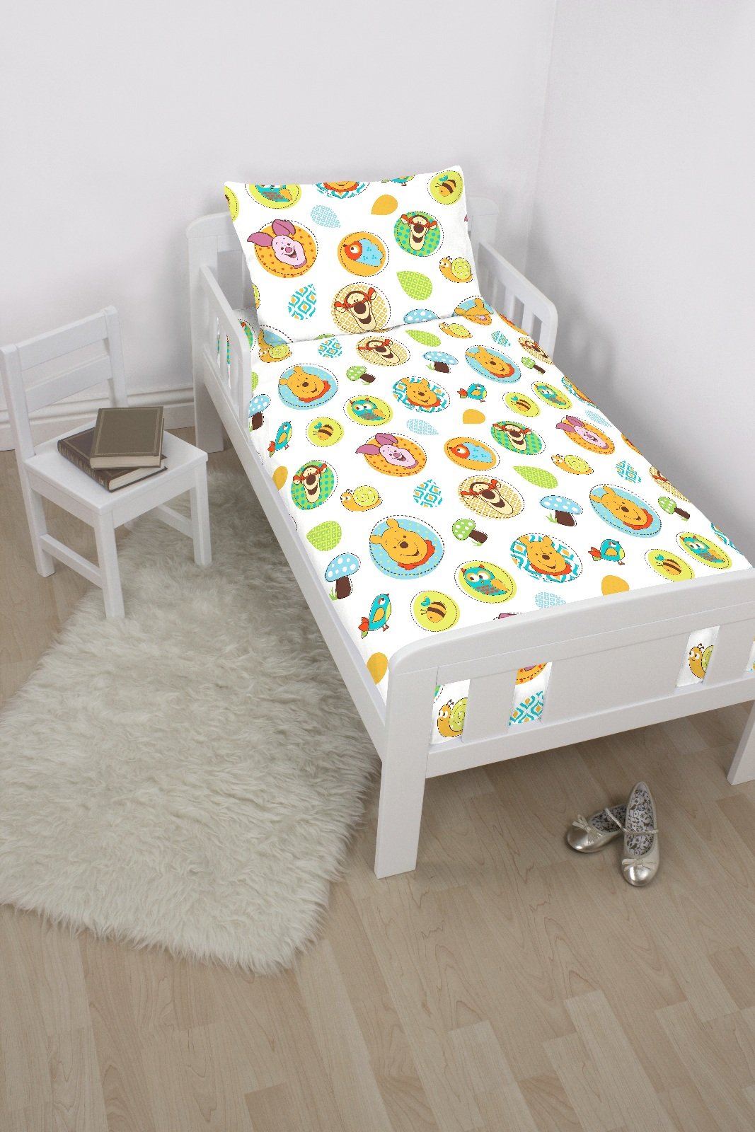 Winnie the pooh toddler bedding - Winnie The Pooh Forest Design Junior Bedding Bundle Includes Quilt Duvet Cover Pillow Pillowcase